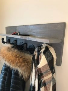 https://pipeworkpieces.com/wp-content/uploads/2021/01/coat-rack-with-shelf-retro-look-coat-hanger-hat-hanger-wall-mount-coat-rack-5f7b9a92-225x300-1.jpg